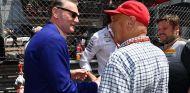 Sean Bratches y Niki Lauda en Mónaco - SoyMotor.com