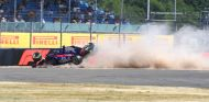 Accidente de Brendon Hartley en Libres 3 - SoyMotor.com