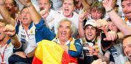 Flavio Briatore y Fernando Alonso en Marina Bay - SoyMotor.com