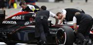 Button, Alonso y todos en McLaren, confían en que Honda solucione sus debilidades - LaF1