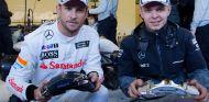 Jenson Button junto a Kevin Magnussen - LaF1