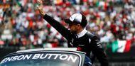 Button en el previo de una carrera esta temporada - LaF1