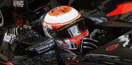 Button en el subido en el McLaren en Singapur, ¿le veremos así en 2016? - LaF1