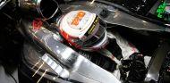 Jenson Button se retira de un triatlón por molestias musculares - LaF1.es