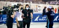 La lucha con Verstappen ha llevado a Hamilton a renovar, según Button - SoyMotor.com