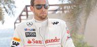 Jenson Button bromea sobre su futuro - LaF1.es