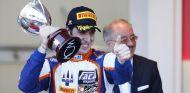 Sergio Canamasas en el podio de Mónaco cuando pilotaba para Trident Racing - LaF1