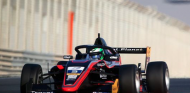 F3 Asiática 2021, Carrera 3: Chovet aprovecha el abandono de Zhou - SoyMotor.com