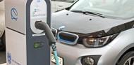 Más cargadores, vitales en la expansión del coche eléctrico en España - SoyMotor.com