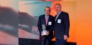 El Museo Fangio reconoce la trayectoria de Carlos Reutemann - SoyMotor.com