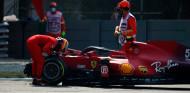 El denominador común de los tres accidentes de Carlos Sainz - SoyMotor.com