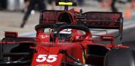 Carlos Sainz en el GP de Rusia F1 2021 - SoyMotor.com