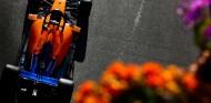 Carlos Sainz en el GP de Azerbaiyán F1 2019 - SoyMotor