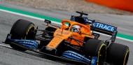 Carlos Sainz en los Libres 1 del GP de Austria F1 2020 - SoyMotor.com
