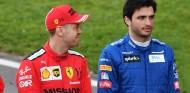 Sebastian Vettel y Carlos Sainz en pretemporada - SoyMotor.com
