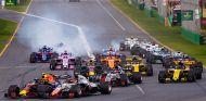 Salida de la carrera del GP de Australia 2018 - SoyMotor.com