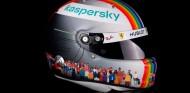 Vettel estrena un casco en Turquía para promover la diversidad - SoyMotor.com