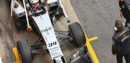 Celis durante un test en Barcelona con Force India - SoyMotor