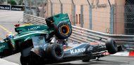 Karun Chandhok y Jarno Trulli en Mónaco en 2010 - SoyMotor.com