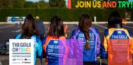 Cartel de la iniciativa 'Girls on track' - SoyMotor.com