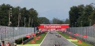 La recta de atrás de Monza que desemboca en La Parabólica - LaF1