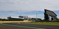 La FIA invalidará el tiempo por vuelta si se exceden los límites en Copse y Stowe - SoyMotor.com