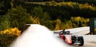 Colapinto brilla en la lluvia de Spa y logra su segunda victoria; Vidales décimo - SoyMotor.com