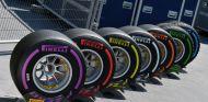 Pirelli piensa en un compuesto 'megablando' para 2018 - SoyMotor.com