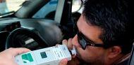 ¿Alcoholímetro o 'paseo'? Los conductores ebrios podrán elegir en Francia - SoyMotor.com