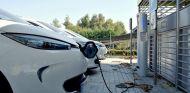 El impulso a una infraestructura de recarga eléctrica en España crece con un nuevo acuerdo - SoyMotor.com