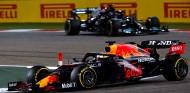 Verstappen y Hamilton en el GP de Baréin - SoyMotor.com