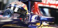 Daniil Kvyat en los test de jóvenes pilotos de Silverstone