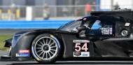Nissan desbanca a Mazda en unos Libres 7 sin el Cadillac de Alonso