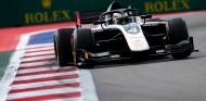 De Vries quiere sentenciar el campeonato: Pole en Rusia - SoyMotor.com