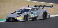 Aston Martin prueba su Vantage DTM en Jerez – SoyMotor.com
