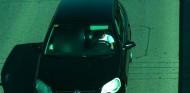 Conductor sin cinturón de seguridad en una cámara de la DGT - SoyMotor.com