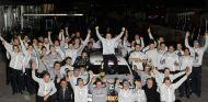 Paul di Resta celebra la consecución del DTM de 2010 - LaF1