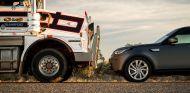 Land Rover Discovery vs. Camión 110 toneladas - SoyMotor.com