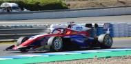 Jack Doohan domina el primer día de Test F3 en Jerez - SoyMotor.com