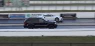 Jeep SRT8 vs. Porsche 911 Turbo en el 'cuarto de milla' ¿es una broma? - SoyMotor
