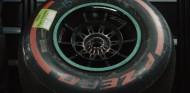 Mercedes explica porqué no pudieron retirar el neumático de Bottas en Mónaco - SoyMotor.com