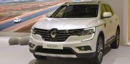Renault Koleos 2017: De visita en el Salón de Barcelona - SoyMotor
