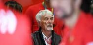 """Ecclestone no ve a Hamilton en Ferrari: """"Es un lugar extraño y no habla italiano"""" - SoyMotor.com"""