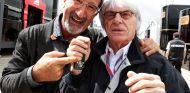 Eddie Jordan junto a Bernie Ecclestone - LaF1