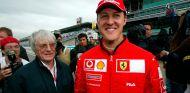 Bernie Ecclestone y Michael Schumacher en Indianápolis - SoyMotor.com