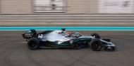 Mercedes y Pirelli concluyen con 218 vueltas el test para 2021 - SoyMotor.com