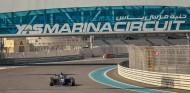 Mazepin gana la carrera 1 de Yas Marina; 7º Fernández y 8ª Calderón - SoyMotor.com