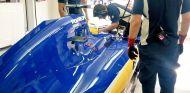 Ericsson, en el box de Sauber durante la clasificación - LaF1