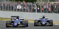 Ericsson y Wehrlein durante un GP esta temporada - SoyMotor