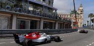 Charles Leclerc persigue a Marcus Ericsson en Montecarlo – SoyMotor.com